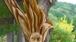 sculptura copaci